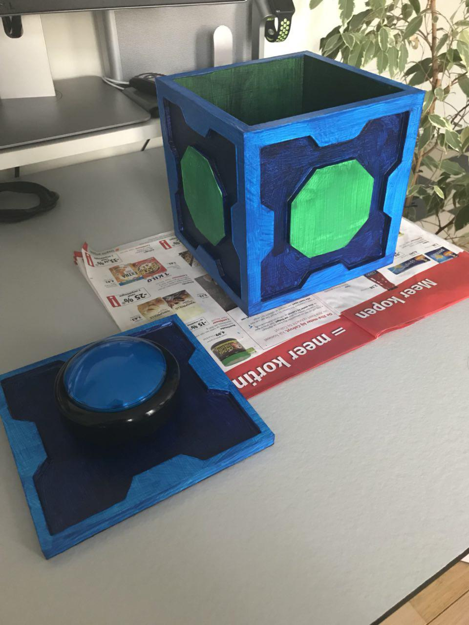 Fully painted Meeseeks Box